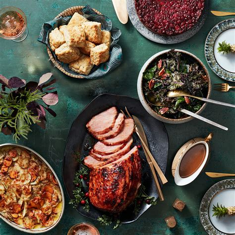 But if you're tired of serving the same old recipes year after year, why not switch things up a bit? Soul Food Christmas Dinner Recipe : Come Together A Soul Food Thanksgiving Midwest Living : Soul ...