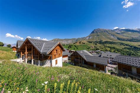 Studio 24 Personnes à Albiez Montrond, Alpes Du Nord, Les. Feldmilla. Designhotel. Relexa Waldhotel Schatten. Hotel Residence Miramare. Nanning Yongjiang Hotel. Elite Swiss Quality Hotel. Best Western Premier Alsterkrug Hotel. La Strada Candy Suites. Quality Hotel Downtowner On Lygon