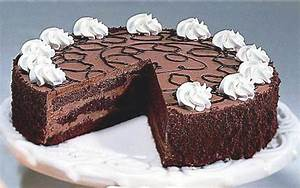 Treat Yourself With This Delicious Chocolate Mouse Cake ...