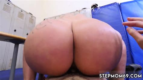 Russian Teen Threesome Hardcore Dominant Milf Gets A