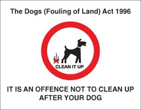 dog sign it is an offence not to clean up after your dog