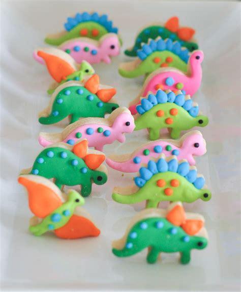 bodhi 39 s dinosaur themed third birthday dessert table