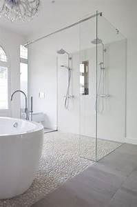 les 25 meilleures idees concernant plancher de la douche With carreaux douche