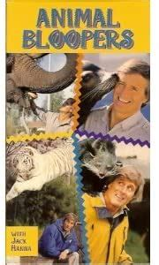 Amazon.com: Animal Bloopers With Jack Hanna [VHS]: Zoo ...