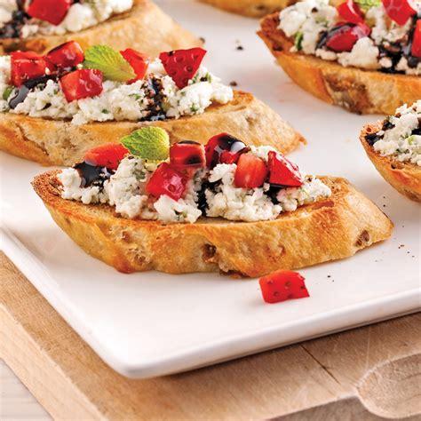 recette canapé canapés au fromage de chèvre et fraises recettes