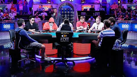 world series of poker final table final table set at world series of poker to chase 7 7
