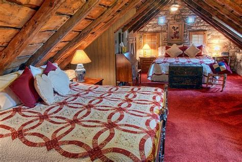 Welcoming Warm Cozy Attic Apartment Rustic Feel by Trendy Cool Fancy Useful 32 Attic Bed Room Design
