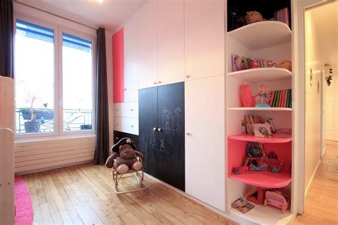 chambre appartement aménagement chambre dans un cube buttes aux cailles