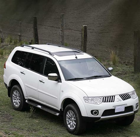 mitsubishi pajero sport pictures pictures of mitsubishi pajero sport 2010 auto database
