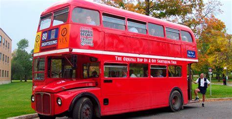Символы Британии. Двухэтажный автобус. АНГЛОМАНИЯ