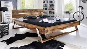 Bett Massivholz 180x200 : massivholz balkenbett be 0276 bett aus wildeiche 180x200 f e edelstahl ~ Whattoseeinmadrid.com Haus und Dekorationen