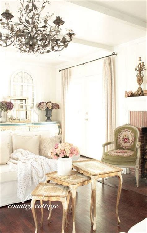 25+ Best Ideas About Vintage Chandelier On Pinterest. Columbus Living Room Nyc. Best Interior Living Room Designs. House Of Fraser Living Room Curtains. Blue Living Room Meaning. Ideas For Living Room And Office. Sale On Living Room Furniture Sets. Rustic Living Room On A Budget. Painting In Living Room Wall