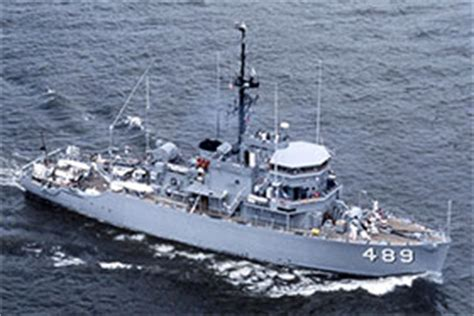 minesweepers asbestos  risks history