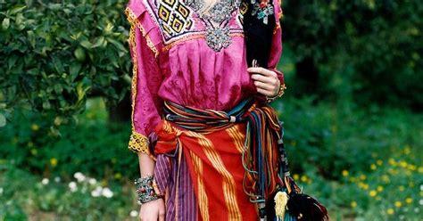 la femme kabyle algeria algerie aljzaer magical