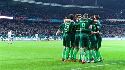 The first team of werder bremen plays in the bundesliga, the second team (werder bremen ii) plays in the regionalliga nord. Werder Bremen: Einheit geht vor Eitelkeit | News