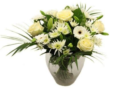 bos bloemen crematie boeket witte bloemen begrafenis crematie uitvaart