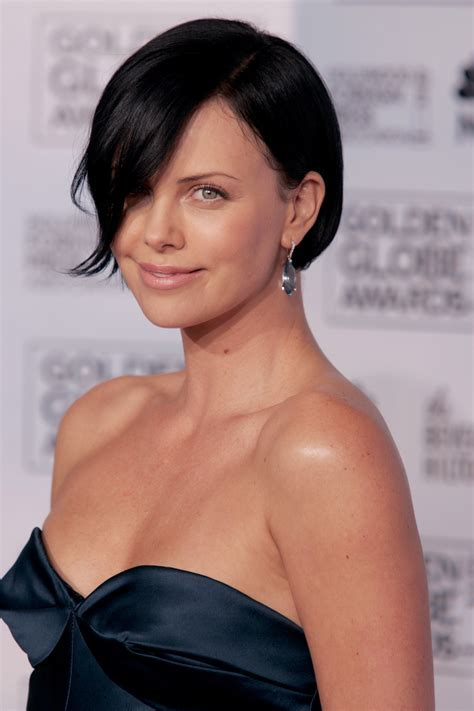 Charlize Theron Hairstyles   Hairstyle For Women