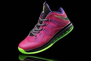 Release Reminder NIKE LEBRON X LOW Raspberry 601