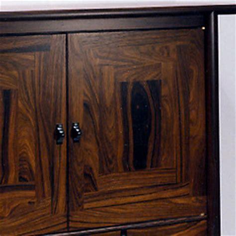 jade secretaire de luxe cabinet martin 28 images antique vernis martin cabinet vitrine at 1stdibs antiques atlas