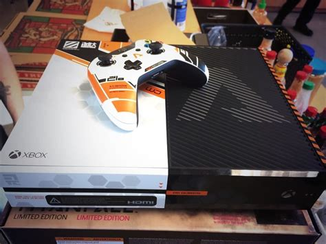 respawn employees gifted limited edition titanfall xbox