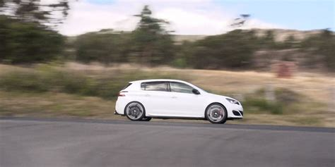 peugeot cars reviews 2016 peugeot 308 gti review caradvice