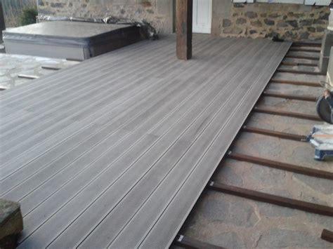 revetement plafond chambre terrasse en lame composite