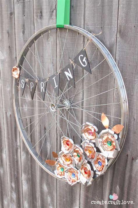 brilliant diy ways  reusing  bike wheels
