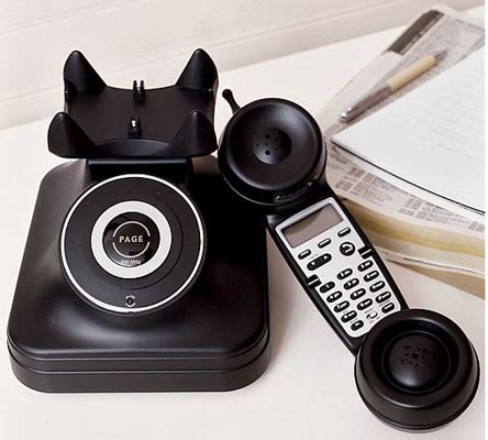Retro Telefon Schnurlos by Ringin In The Days The Register