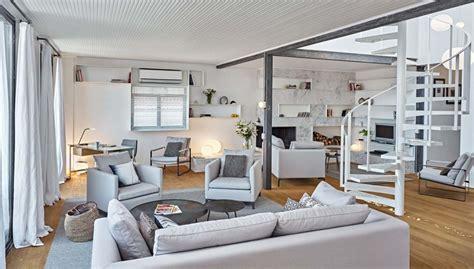 bureau de salon design moderne et minimaliste design pour cet appartement avec