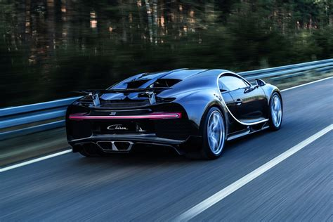 Ceo Of Bugatti by Bugatti Ceo Says The Chiron Would Go Hybrid Only To Add