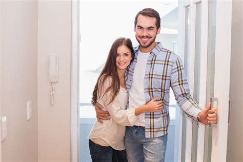 5 Things To Consider When Buying A Home Together