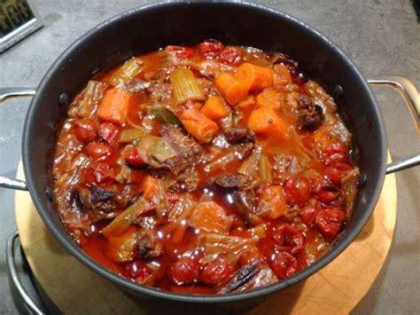 cuisiner queue de boeuf recettes de queue de boeuf de le de clementine