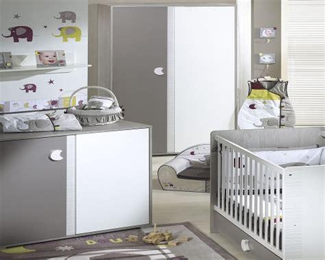 chambre bébé grise et blanche idée déco chambre bébé gris et blanc