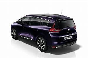 Initiale Paris Renault : renault spruces up the scenic and grand scenic with initiale paris trim level autoevolution ~ Gottalentnigeria.com Avis de Voitures