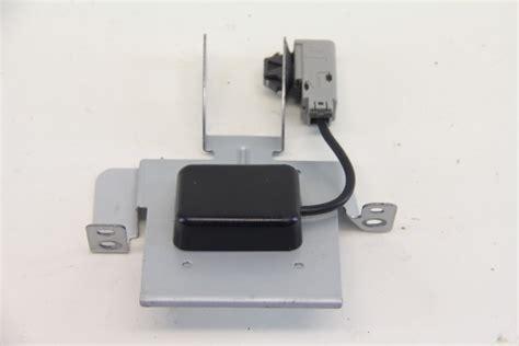 Honda Cr-v Crv Front Antenna Gps Receiver Unit 39835-t0a