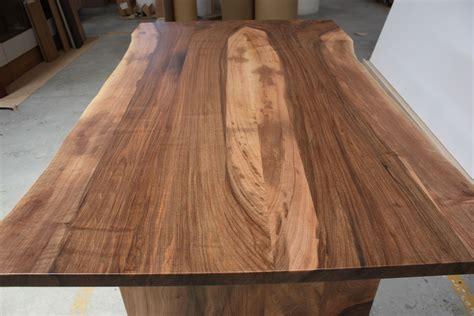mesa de tabla de madera de nogal serie maderas naturales