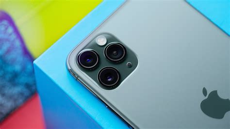 iphone  pro review   love  cameras youtube
