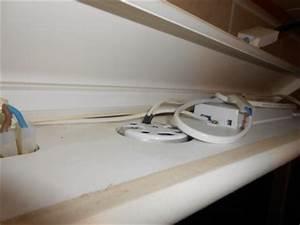 Ampoule Salle De Bain : branchement miroir salle de bains ~ Melissatoandfro.com Idées de Décoration