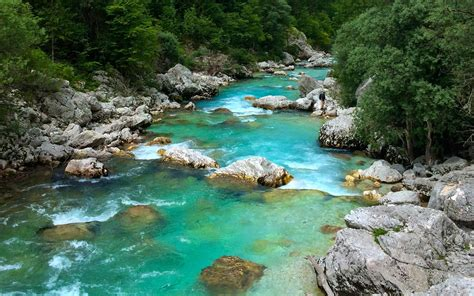Soca River Slovenia 048452