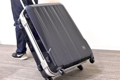 กระเป๋าเดินทาง ใส่อะไรบ้าง