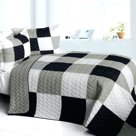 Black And Gray Quilts connectme