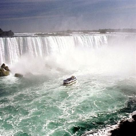 Niagara Falls Boat by Boat Tour Niagara Falls Canada Education In The Bush