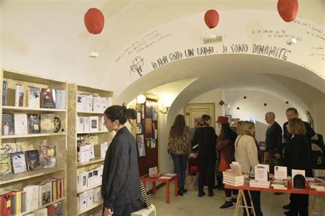 Libreria A Napoli by La Libreria Laterzagor 224 Apre A Napoli 1 Di 1 Napoli