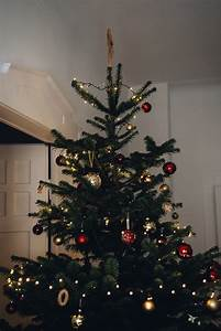 Weihnachtsbaum Richtig Schmücken : weihnachtsbaum dekoration ideen ~ Buech-reservation.com Haus und Dekorationen
