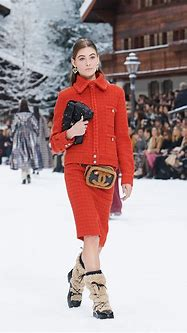 CHANEL FALL WINTER 2019 WOMEN'S COLLECTION | The Skinny Beep