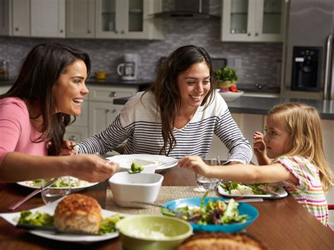 tips  teaching table manners  kids scholastic