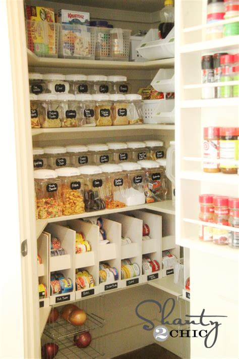 pantry organizing ideas diy labels chalkboard labels for the pantry shanty 2 chic
