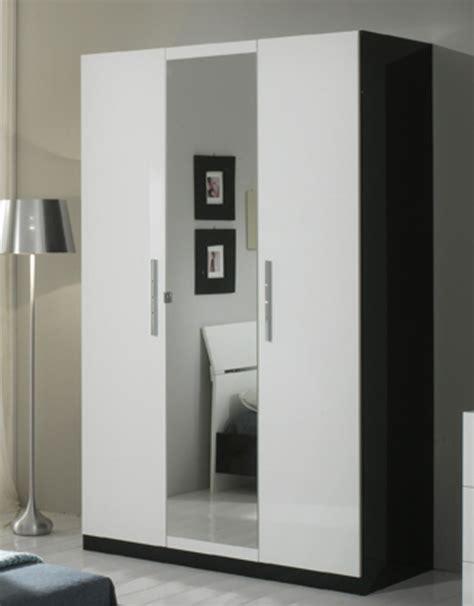 armoire de chambre blanche armoire 3 portes gloria noir et blanc noir blanc