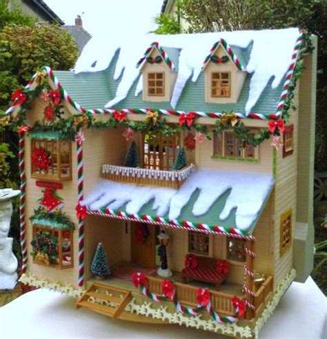 details  sylvanian family christmas decorated house