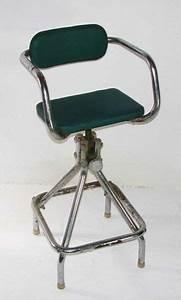 Chaise De Coiffeur Pour Enfants Vintage Industrielle